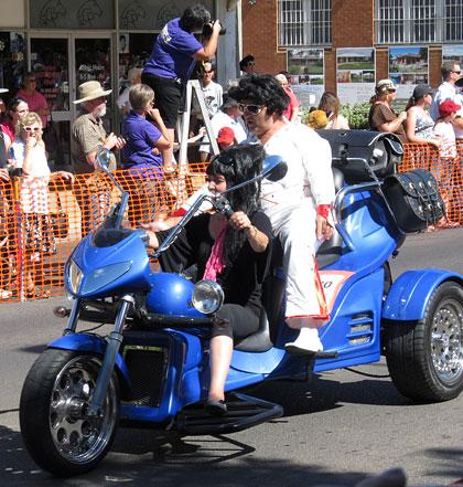 Elvis Festival Parkes NSW 2011 parade
